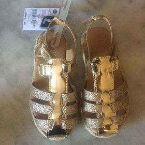 Other - Girls GOLD sandals NWT -7
